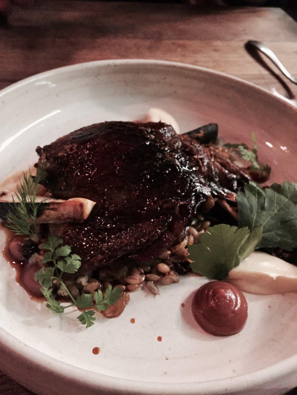 Duck Confit Frankie Wine Bar Paris where to eat