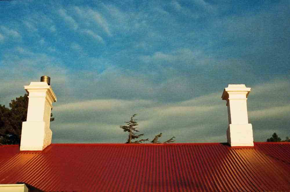 red-roof-blue-sky.jpg