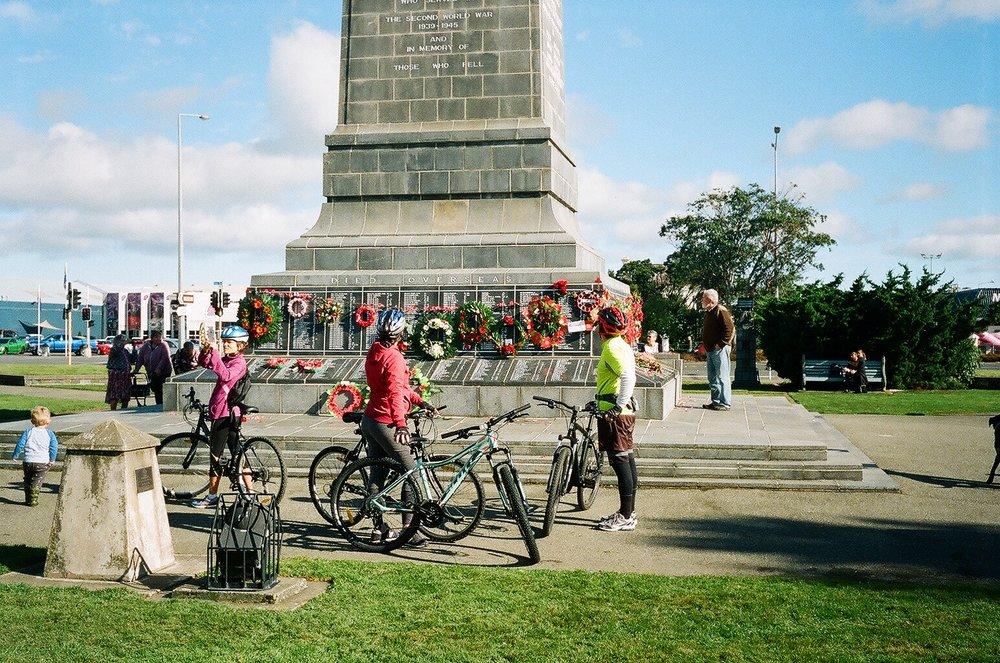 The Cenotaph, Invercargill - Anzac Day 2017