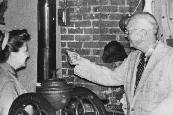 34th President Dwight Eisenhower's visit to Thomas Bros. Country Store in 1960