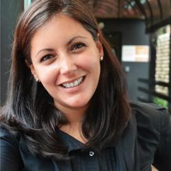 Lorena Garcia Duran headshot.png