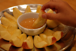 "Apples & honey are traditionally eaten by Jewish families on Rosh Hashanah to symbolize a ""sweet"" new year ahead."