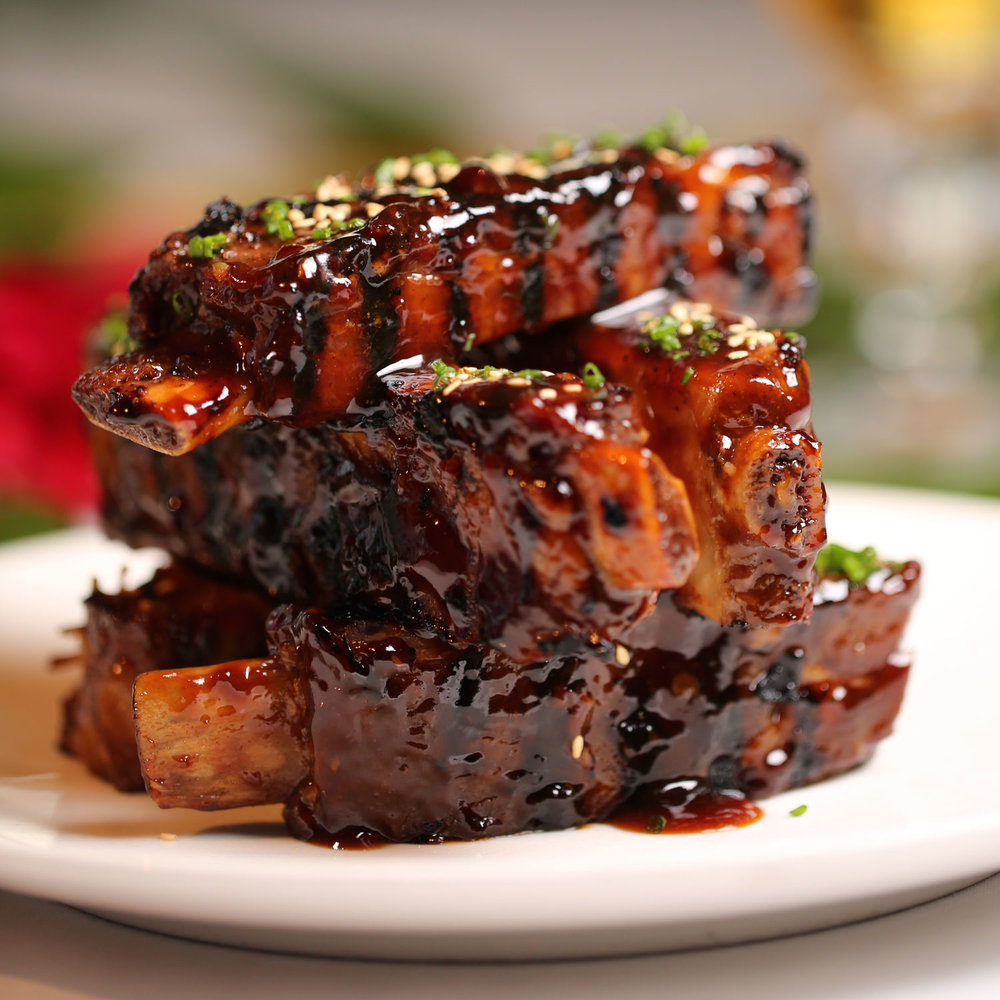 roy-yamaguchi_recipes-ribs.jpg