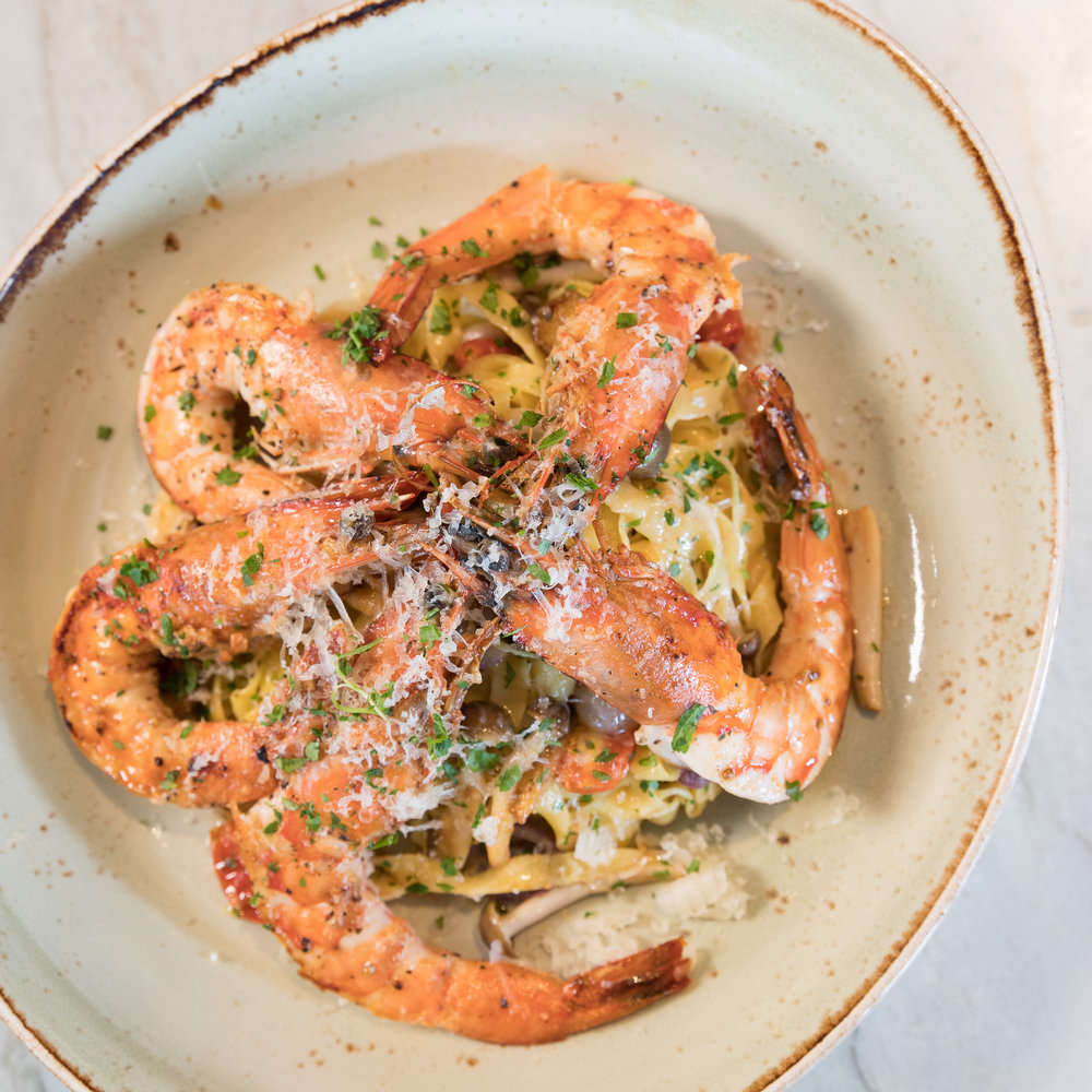 Humble Market Kitchin_Seared Kauai Shrimp-House Made Fettuccini Pasta | Local Tomatoes |Herb Garlic Beurre Noisette __pc Craig Bixel_01-2017.jpg