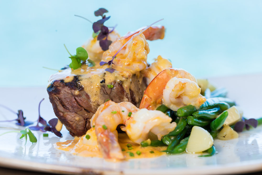Roy's Hawaii_8oz Filet Mignon | Spicy Garlic Cream Shrimp, Garlic Butter Green Beans__pc Craig Bixel_10-2017-4.jpg