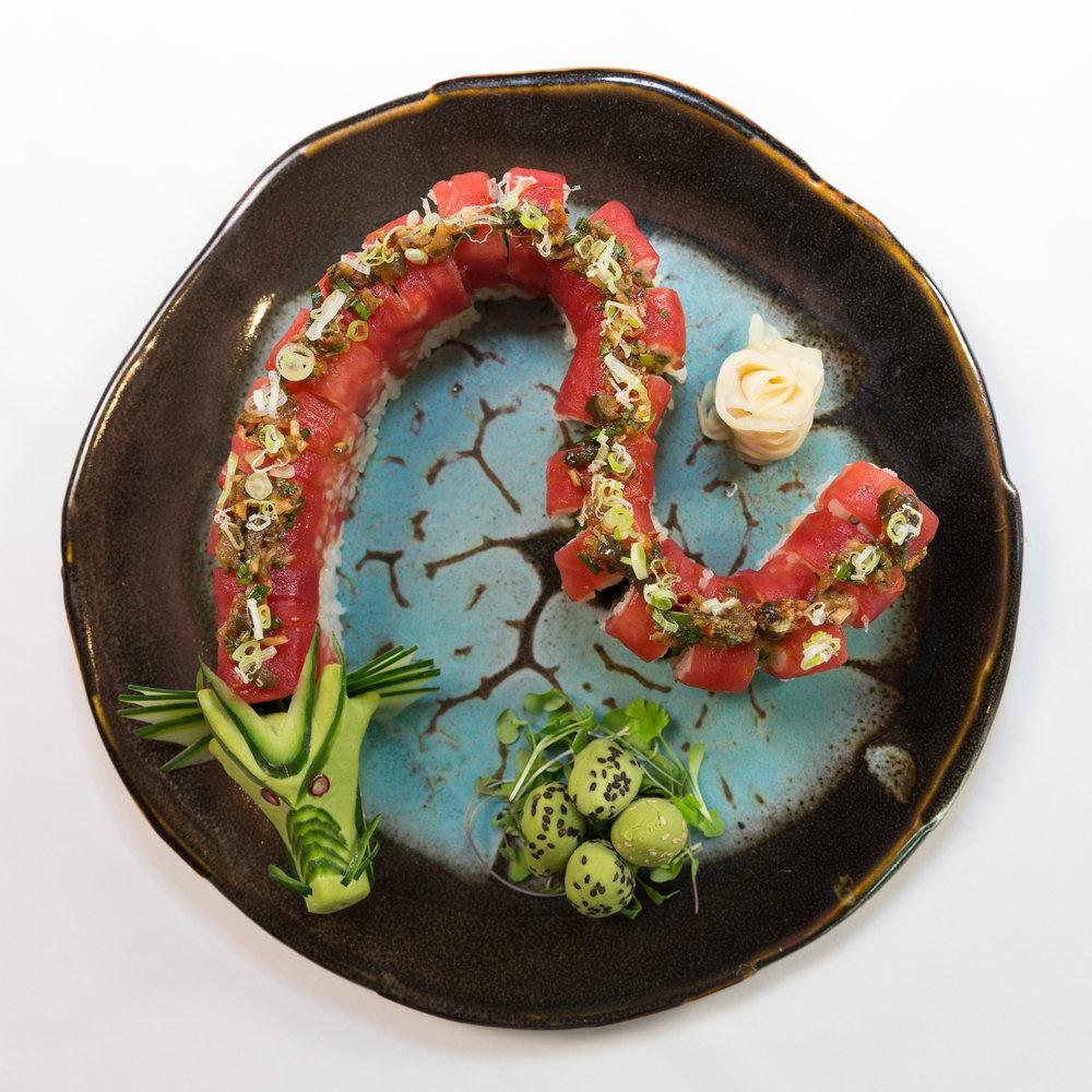 Roys Waikiki - Dragon Roll-3.jpg