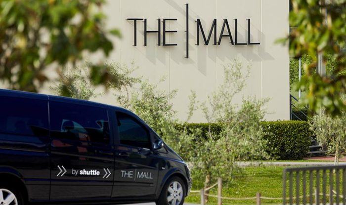 The-Mall-Outlet-come-arrivare-shuttle-bus-700x415.jpg