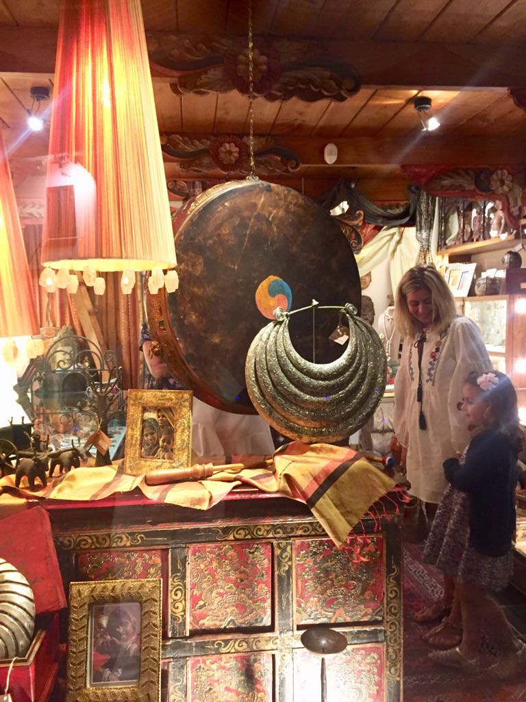 Tuscany Couture Shopping
