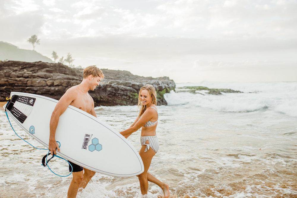 kauai secret beach engagment session (6).jpg