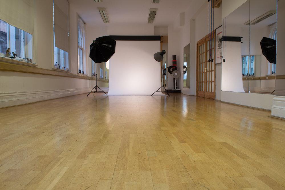Studio 1 07.jpg