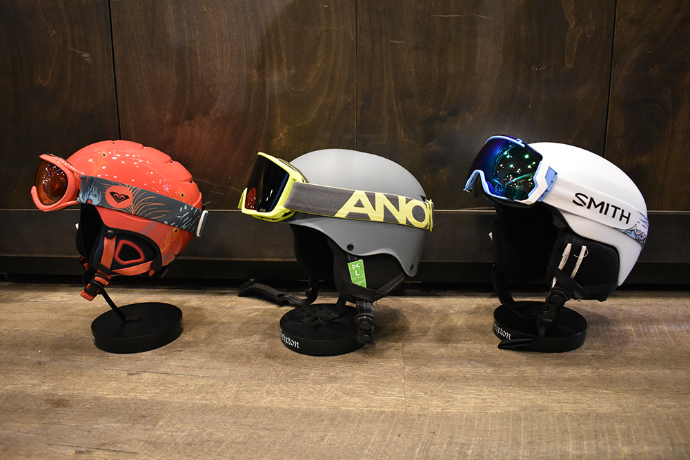 board-bin-helmets-and-goggles.jpg