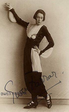 Gwen Farrar ca 1925