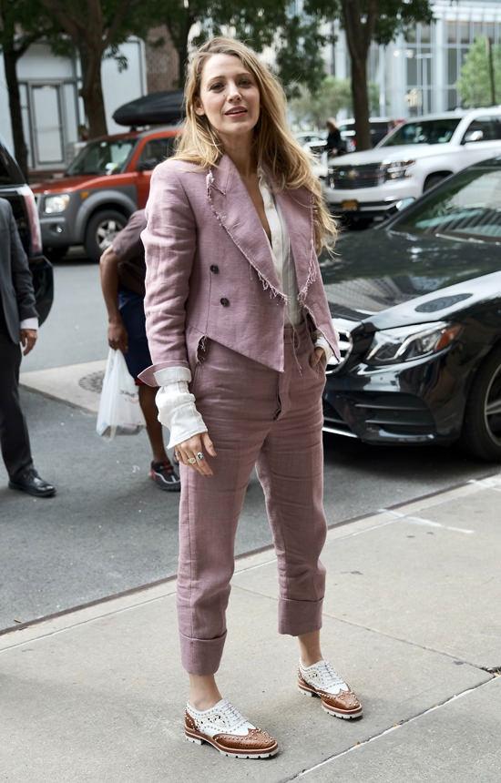 blake lively pink suit.jpg