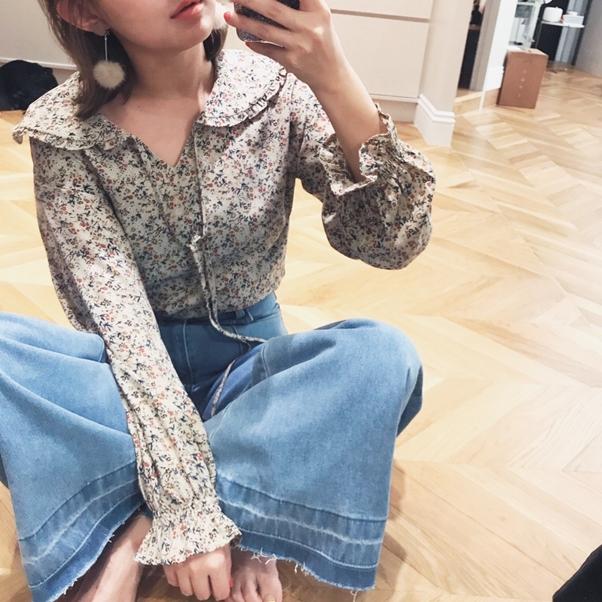 小清新荷葉領碎花上衣 + #PS901 雜誌感口袋裝飾落地牛仔褲