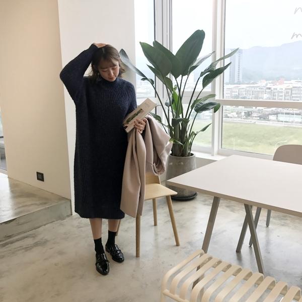 pazzo冬日溫暖高領泡泡袖毛衣長版洋裝