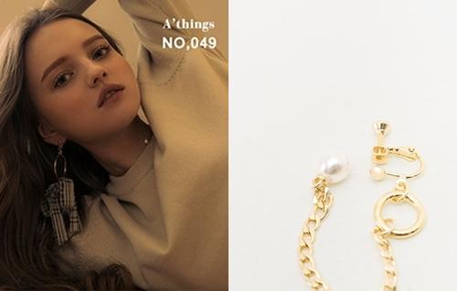 NO,049韓國蝴蝶結雪紡不對稱夾式耳環