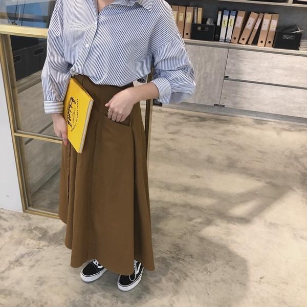 PAZZO荷葉袖口排釦襯衫-率性打摺口袋寬裙 (4).jpg