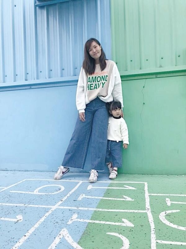 謝謝pazzo 寬褲系列讓我帶孩子也超方便又好看💙💚💙💚 每次新品都會認真鎖定 也很喜歡你們的穿搭☺️ _Chuan Hung