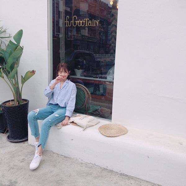 生活百搭條紋襯衫 + 韓國製作. 破損感中腰牛仔褲
