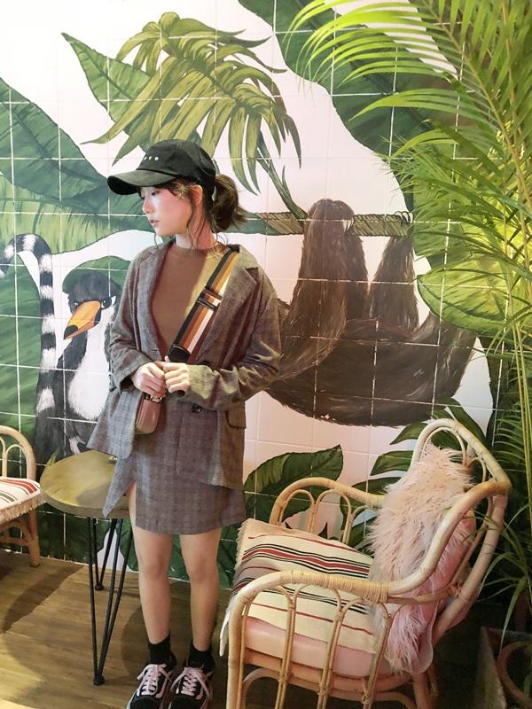 千鳥紋西外開岔短裙套裝+針織小高領七分袖上衣 (3).jpg