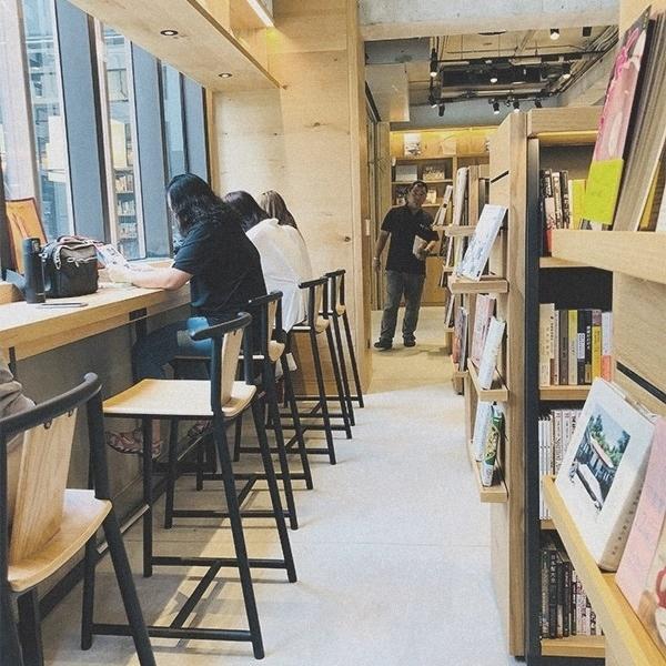 台中蔦屋書店 (15).jpg