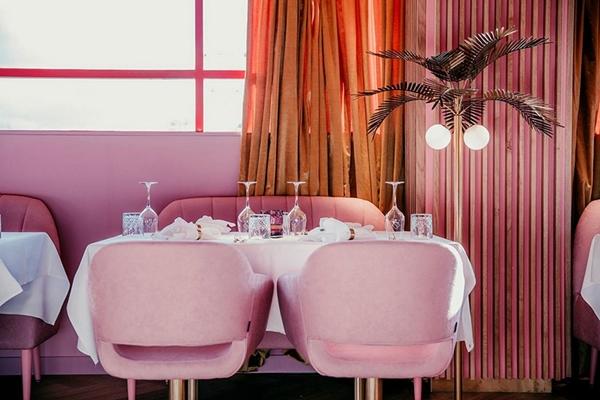 mamakelly荷蘭粉紅色餐廳 (9).jpg