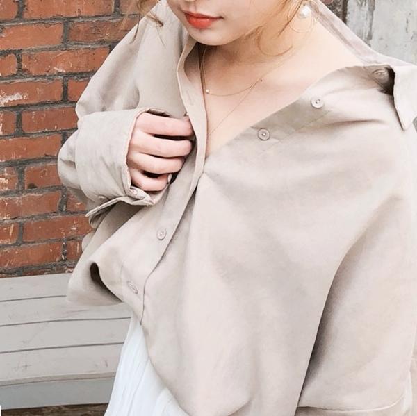 簡約優雅珍珠圓片雙層項鍊  +  A'a晨霧氛圍oversize襯衫