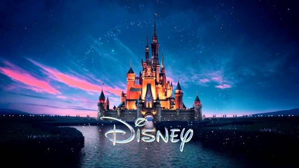 迪士尼粉紅城堡 (2).jpg