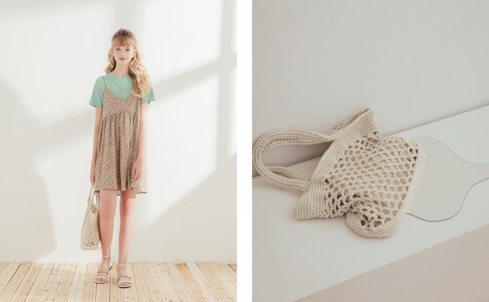 細肩帶春氛碎花洋裝 + MIT 舒適感傘襬圓領短袖上衣 + 清新自然編織手提包