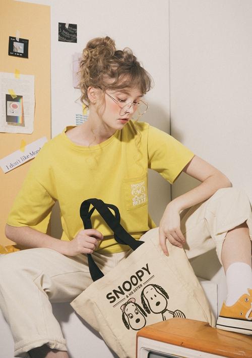 SNOOPY & BELLE 口袋印花T  +   SNOOPY & BELLE 四格漫畫兩用小側背袋