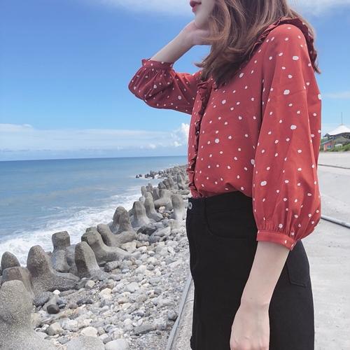 LILY VÀLLEY (27).jpg