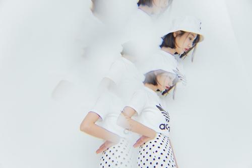 pazzo look/ adidas Bucket BK7350三葉草 漁夫帽  + adidas CV9889 三葉草休閒短袖T恤