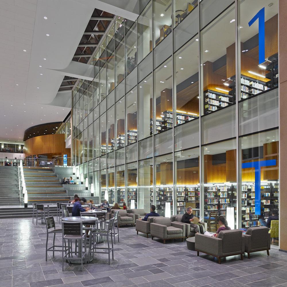 Liberty_University_Library_1