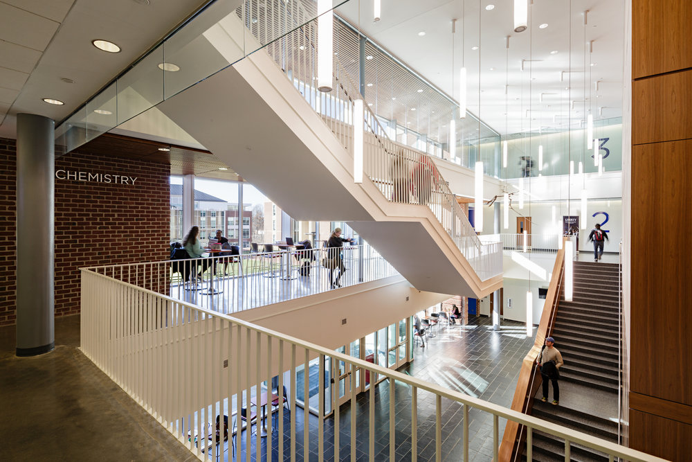 Liberty_University_Science_Hall_1