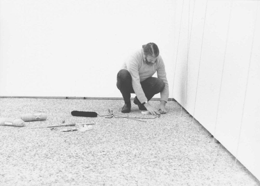 Sandback installing at the Kestner-Gesellschaft, <br/>Hannover
