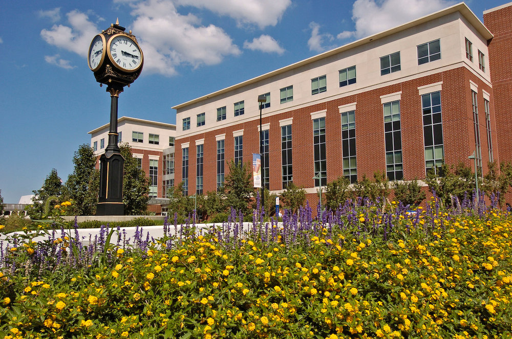 Arts and Science Building at the The University of Akron. Photo thanks to AkronStock.com and The University of Akron