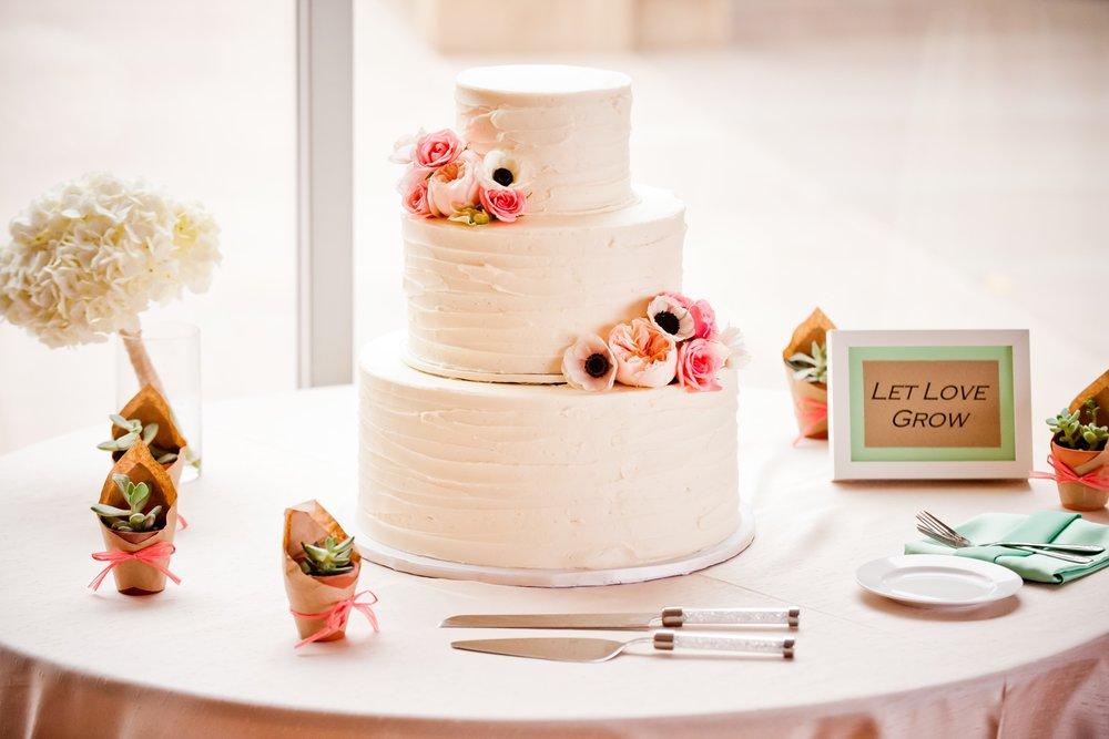 Weddings VG Donut Bakery