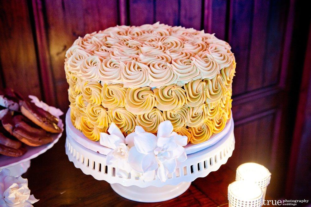 Rosette Cake - 1.jpg