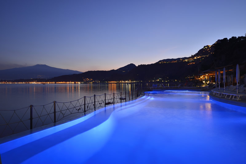 Piscina-night-II.jpg