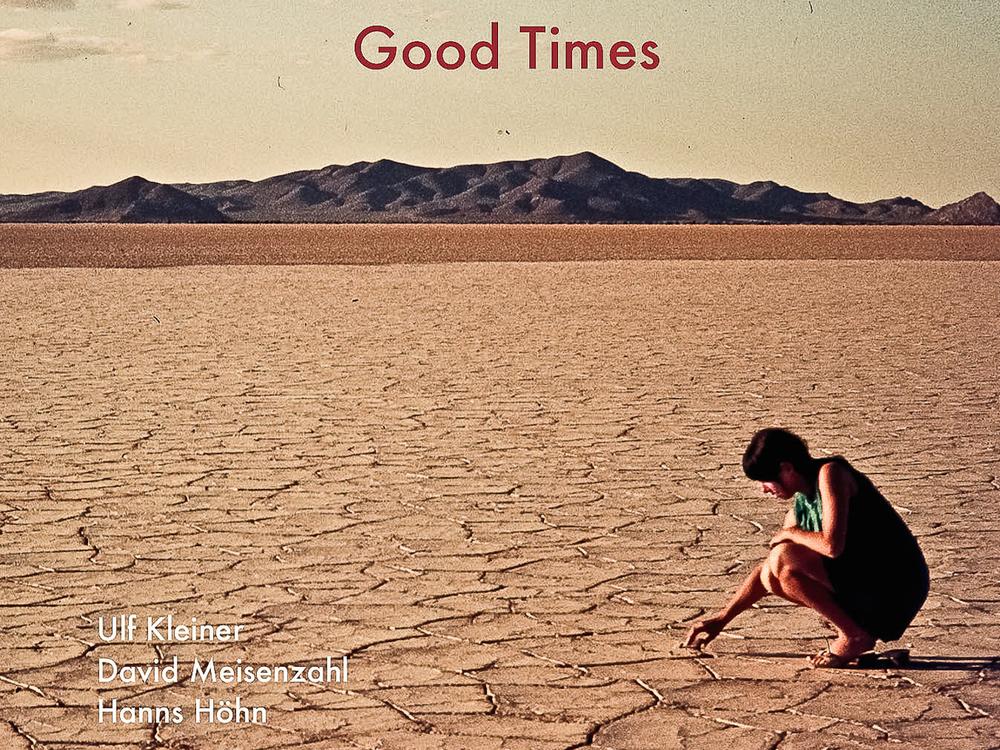 Good Times - Jazz TrioGood Times ist eine Hommage an die Musik der Pianotrios der 60er Jahre und vor allem an die Eltern der drei Freunde Ulf Kleiner, Hanns Höhn und David Meisenzahl.