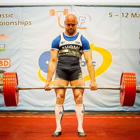 623 pound deadlift at 163 pounds -
