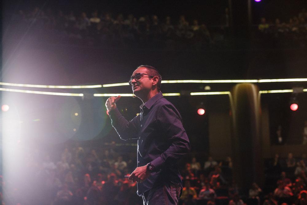 Avinash speaking.JPG