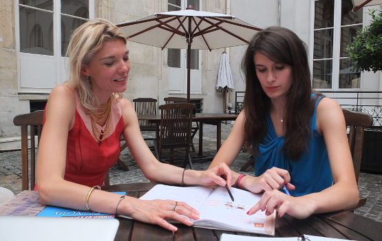 learn french while immersing in paris