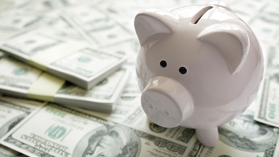 piggy-bank-on-money-concept-for-business-finance-PHT37SB.jpg