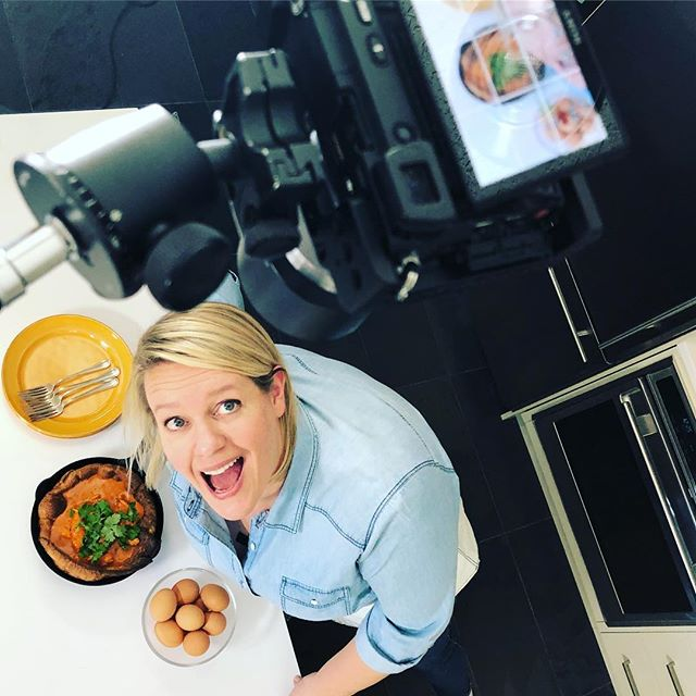 Always looking for those dynamic angles. A little #behindthescenes from our film shoot with @dinnerwithjulie #yycfood #recipevideo