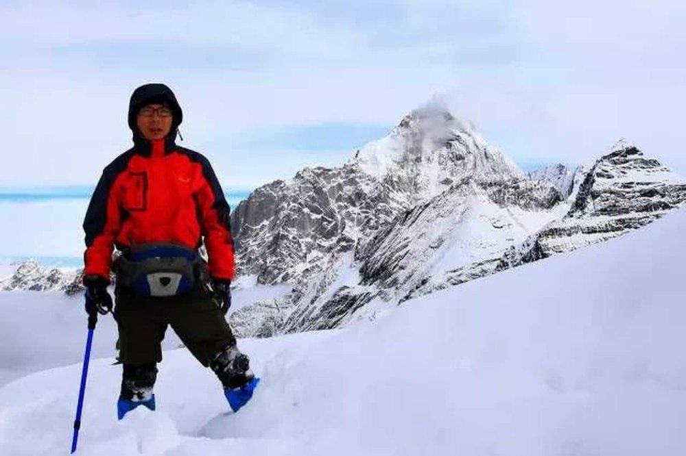 丘寒:星空摄影与雪山爱好者   星空守望者