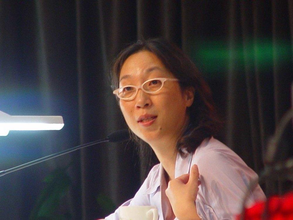 陈丹燕:著名旅行作家   没有旅伴,一个人才能自成一个宇宙