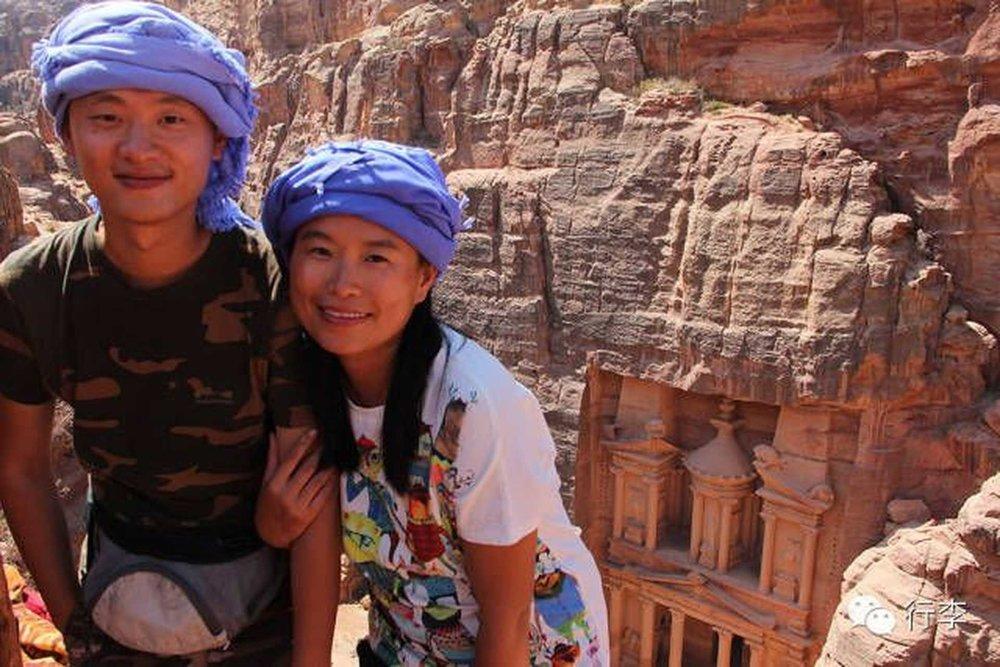 """蘑菇&YY:一对90后小夫妻的蜜""""年""""环球旅行"""