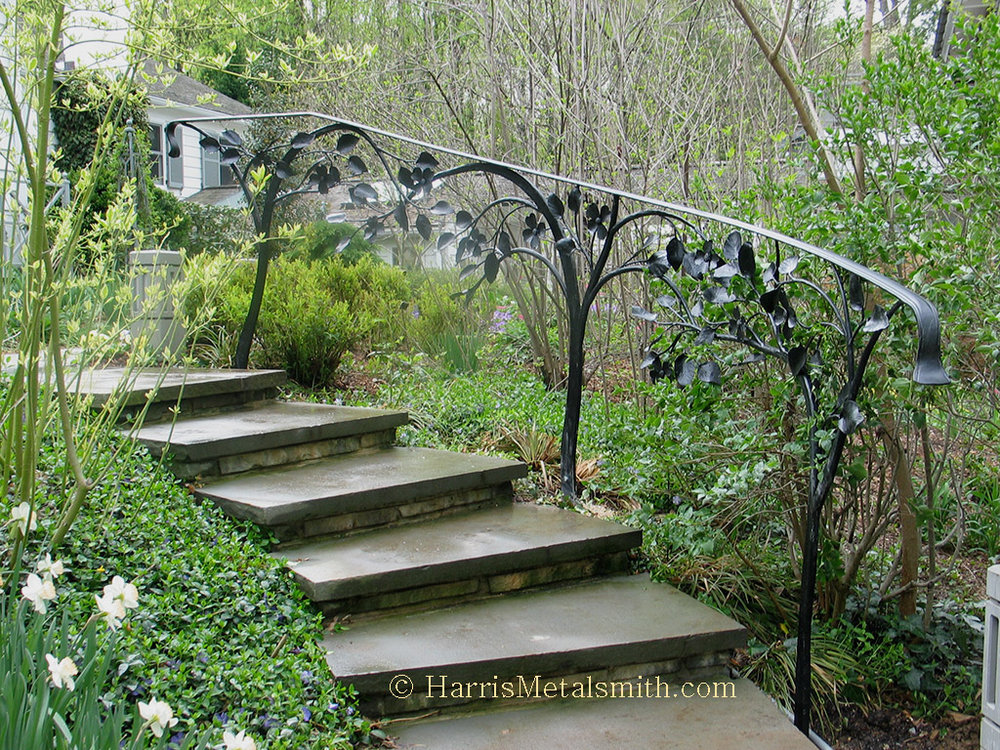 Iron-Dogwood-Garden-Stairway-Railing.jpg
