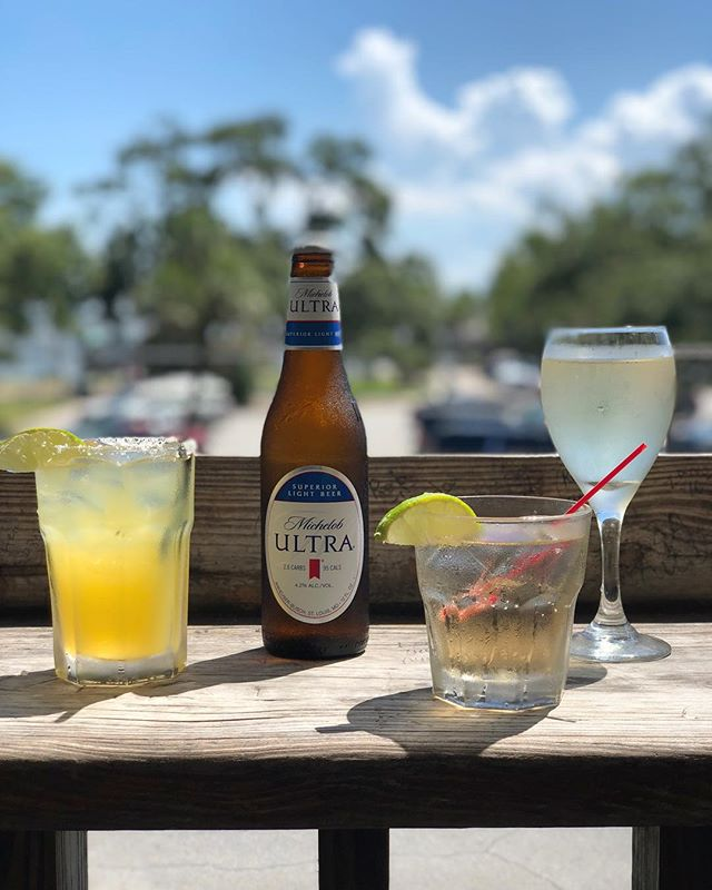 Did someone say happy hour?  Monday-Friday 4-6pm $5 Margaritas on the rocks $3 Well Drinks $2 Domestic Bottles $1 Off select wines